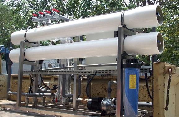mesin pengolah air laut